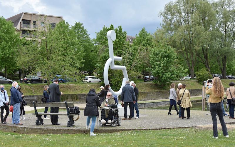 Anderlecht: une sculpture de 4 m «inclusive»