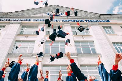 La France agit pour des études supérieures accessibles à tous·tes